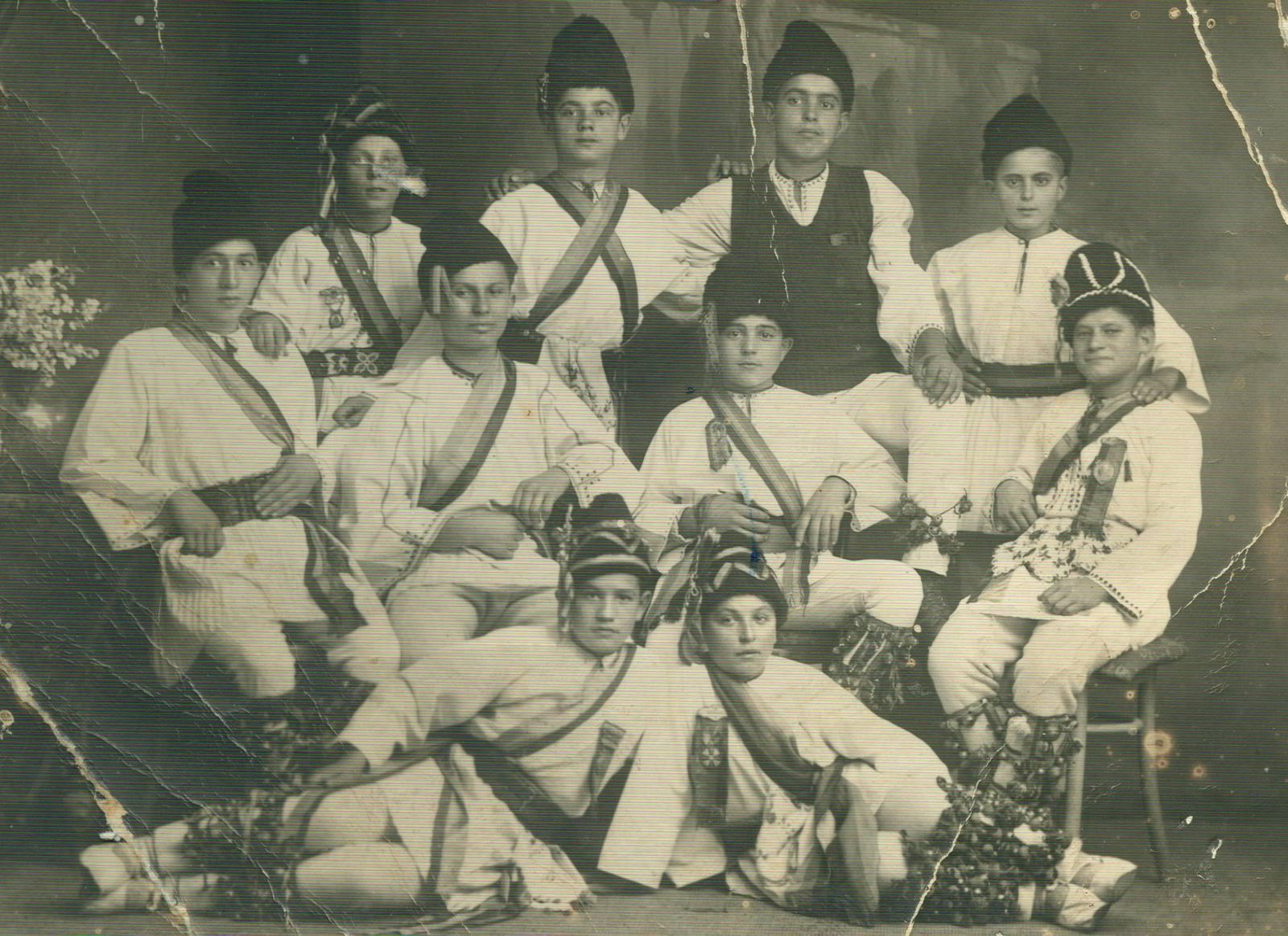 Imagini de arhivă